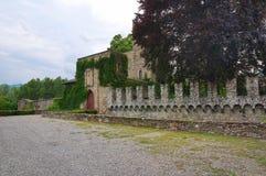 Castello di Riva Dell'Olio di Ponte L'Emilia Romagna L'Italia Immagine Stock Libera da Diritti