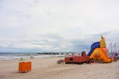 Castello di salto sulla sabbia fotografie stock