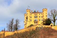 Castello di Schloss Hohenschwangau (alto palazzo) della contea del cigno, Fussen, Baviera, Germania Fotografie Stock