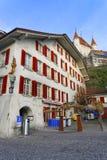 Castello di Thun sopra la città Hall Square in Thun Città Vecchia Fotografie Stock