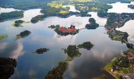 Castello di Trakai nel lago Fotografia Stock