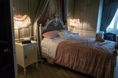 Castello di Warwick, camera da letto di inizio del XX secolo Fotografie Stock Libere da Diritti