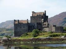 Castello donan di Eilean in Scozia Fotografie Stock Libere da Diritti