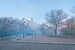 Castello e camion del palazzo di Alhambra Immagine Stock