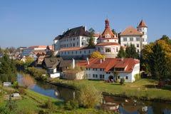 Castello e chateau, Jindrichuv Hradec Immagini Stock Libere da Diritti