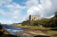 Castello e porto di Dunvegan Fotografie Stock