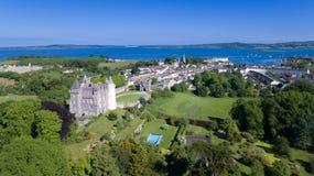 Castello e villaggio di Killyleagh basso della contea, Irlanda del Nord fotografie stock