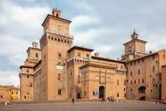Castello Estense - medeltida slott i mitten av Ferrara, Ita Royaltyfri Foto