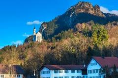Castello famoso del Neuschwanstein del punto di riferimento della Baviera in Germania Fotografie Stock Libere da Diritti