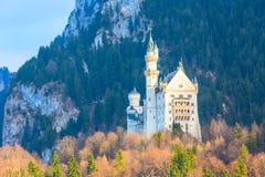 Castello famoso del Neuschwanstein del punto di riferimento della Baviera in Germania Fotografia Stock Libera da Diritti