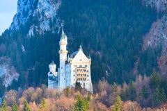 Castello famoso del Neuschwanstein del punto di riferimento della Baviera in Germania Immagini Stock Libere da Diritti