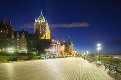 Castello Frontenac a Québec alla notte, Canada immagini stock libere da diritti