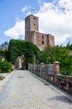 Castello Hilpoltstein alla Baviera Germania del cielo blu fotografia stock libera da diritti