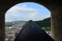 Castello Hohensalzburg di vista del cannone Fotografia Stock Libera da Diritti