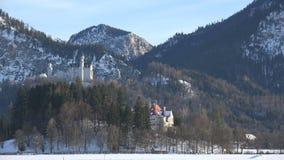 Castello il Neuschwanstein a tarda sera stock footage