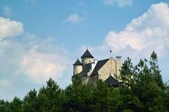 Castello medievale ristabilito di Bobolice vicino a Czestochowa Fotografie Stock Libere da Diritti