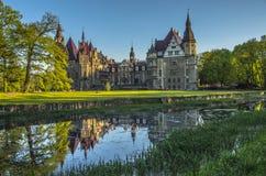 Castello nella città Moszna Fotografie Stock Libere da Diritti
