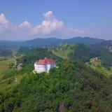Castello nella foresta fotografie stock