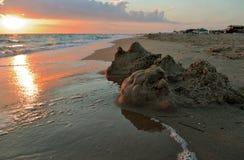 Castello rotto della sabbia Immagine Stock Libera da Diritti