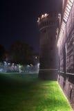 Castello Sforzesco em Milão na noite Imagens de Stock