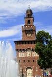 Castello Sforzesco é um castelo em Milão Fotos de Stock