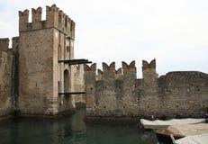 Castello Sirmione di Scaliger Fotografia Stock Libera da Diritti