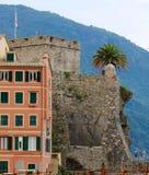 Castello sul Mediterraneo Fotografie Stock Libere da Diritti
