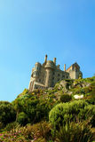 Castello sulla parte superiore della montagna Fotografie Stock Libere da Diritti