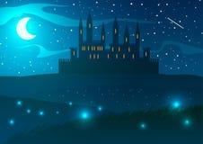 Castello sulle colline alla notte Immagine Stock