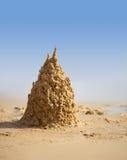 Castello surreale della sabbia sulla spiaggia Fotografia Stock Libera da Diritti