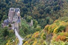Castello tedesco antico in autunno fotografia stock libera da diritti