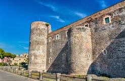 Castello Ursino, ένα μεσαιωνικό κάστρο στην Κατάνια, Σικελία, νότια Ιταλία Στοκ εικόνα με δικαίωμα ελεύθερης χρήσης