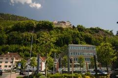 Castello Vaduz - vista dal centro Immagini Stock Libere da Diritti