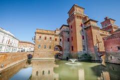 Castelloen Estense i Ferrara i Italien royaltyfri foto