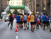 Castellon,西班牙 2019年2月24日, 在马拉松长跑期间的赛跑者 库存照片