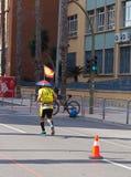 Castellon Spanien Februari 24th, 2019 löpare under ett maratonlopp royaltyfri bild