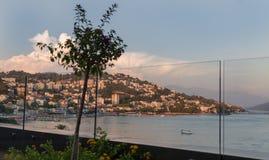 Castelnuovo Montenegro, vista attraverso vetro immagini stock libere da diritti