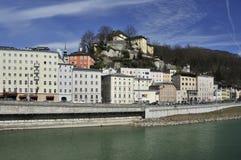 Castelo acima de Salzach em Salzburg Fotos de Stock Royalty Free