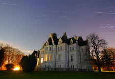 Castelo assombrado - exposição longa Fotos de Stock Royalty Free