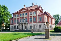 Castelo barroco perto de Melnik, Boêmia central de Libechov, república checa fotografia de stock