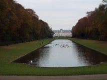 Castelo Benrath (traseiro, parque,) Foto de Stock