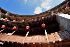 Castelo caracterizado da terra dentro da estrutura, ao sul de China fotografia de stock royalty free