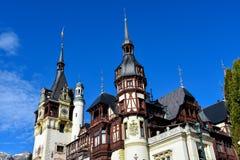 Castelo Castelul PeleÈ™ Sinaia de Peles, Romênia Fotos de Stock Royalty Free