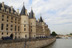 Castelo Conciergerie em Paris Fotografia de Stock