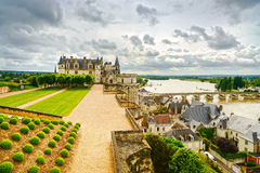 Castelo de Amboise, ponte do rio. Loire Valley, França fotografia de stock