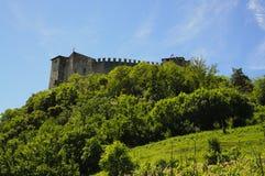 Castelo de Angera - fortaleza (Rocca Borromea) imagem de stock