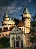 Castelo de BOJNICE - ? um dos castelos os mais visitados em Eslov?quia imagem de stock royalty free
