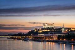 Castelo de Bratislava no capital foto de stock royalty free