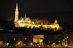 Castelo de Budapest na montagem Imagem de Stock