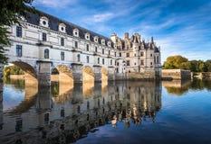Castelo de Chenonceau no rio de Cher, Loire Valley, França imagens de stock